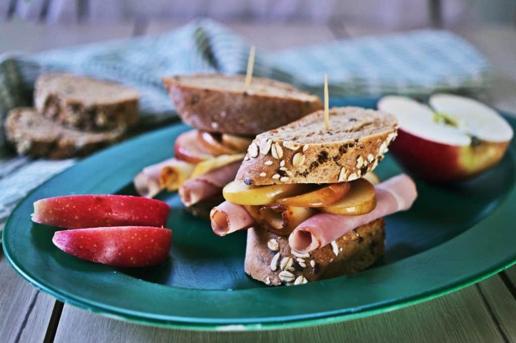 almás szendvics